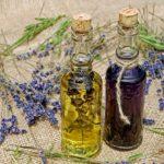 použití aromaterapie, vonné, tyčinky, svíčky, polštářky, oleje, aromalampa, kuřidla, vykuřování, vykuřovací směsi, kadidelnice