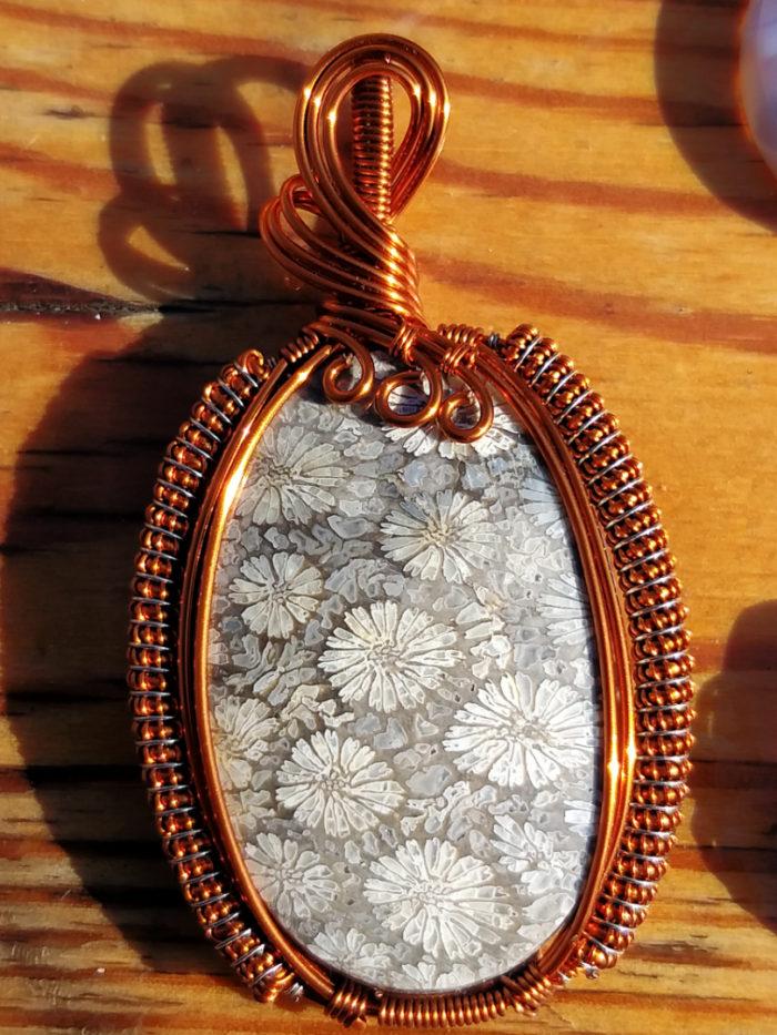 kameny, minerál, černý achátový korál, black agatized coral, achát, agate, korál, cora